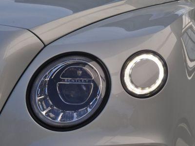 Bentley Bentayga V8 4.0 435ch - <small>A partir de </small>2.290 EUR <small>/ mois</small> - #20