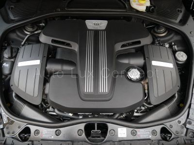 Bentley Continental GTC Black Diamond Edition 1 of 25, ACC, Caméra, Sièges ventilés/massant, Chauffage de nuque, Échappement sport - <small></small> 167.250 € <small>TTC</small>