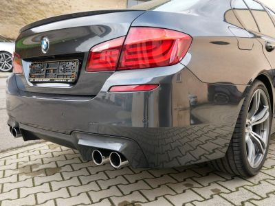 BMW M5 (F10) DKG, Toit ouvrant, Soft-Close, Surround View, Keyless, Affichage tête haute - <small></small> 34.900 € <small>TTC</small>