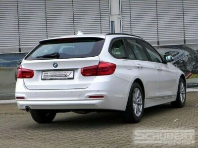 BMW Série 3 318 d Touring - <small></small> 29.590 € <small>TTC</small> - #2