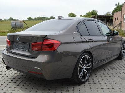 BMW Série 3 330 e iPerformance Pack M !! 1 MAIN !! INDIVIDUAL !! - <small></small> 29.900 € <small>TTC</small>