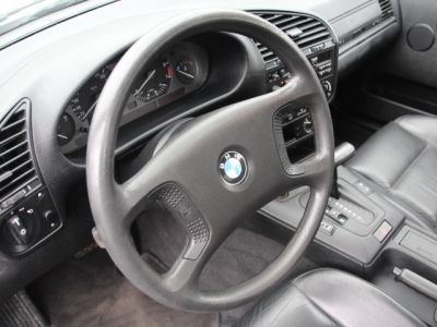 BMW Série 3 E36 318 is - <small></small> 6.200 € <small>TTC</small> - #17