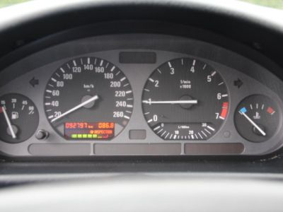 BMW Série 3 E36 318 is - <small></small> 6.200 € <small>TTC</small> - #18