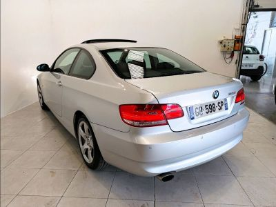 BMW Série 3 (E92) 320I 170CH CONFORT - <small></small> 13.990 € <small>TTC</small> - #5