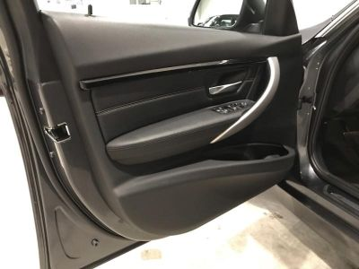 BMW Série 3 Touring 318dA 150ch Luxury - <small></small> 31.900 € <small>TTC</small> - #9