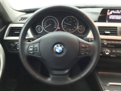 BMW Série 3 Touring SERIE 320d 190 BUSINESS BVA - <small></small> 20.490 € <small>TTC</small> - #14