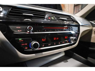BMW Série 5 520 DA Touring - NW Model Full option!! - <small></small> 31.250 € <small>TTC</small> - #10