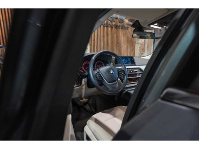 BMW Série 5 520 DA Touring - NW Model Full option!! - <small></small> 31.250 € <small>TTC</small> - #13