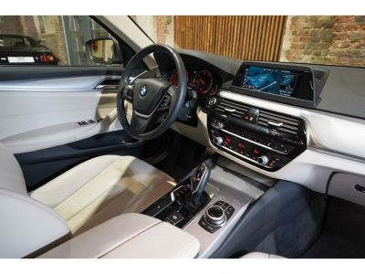BMW Série 5 520 DA Touring - NW Model Full option!! - <small></small> 31.250 € <small>TTC</small> - #17