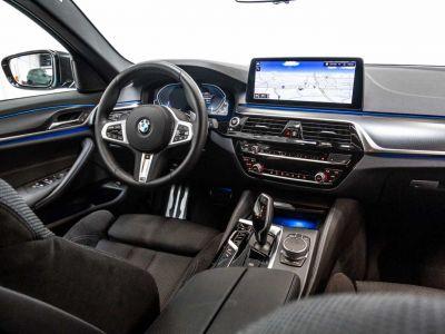 BMW Série 5 530 Touring e Touring M Sport xDrive Trekhaak Shadow Keyless - <small></small> 65.900 € <small>TTC</small> - #39