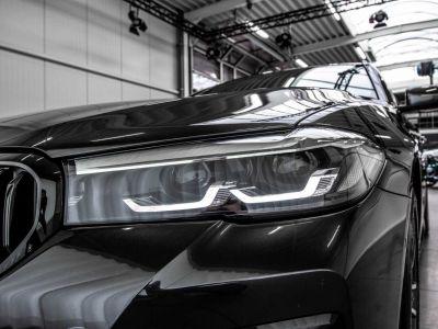 BMW Série 5 530 Touring e Touring M Sport xDrive Trekhaak Shadow Keyless - <small></small> 65.900 € <small>TTC</small> - #47