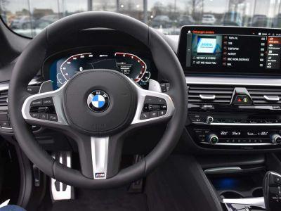 BMW Série 5 530 Touring Xdrive Hybride M Sport Pano Harman Kardon - <small></small> 75.900 € <small>TTC</small> - #19