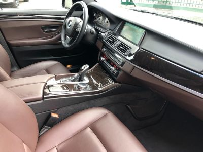 BMW Série 5 serie 525 da 218ch luxury carnet complet - <small></small> 18.470 € <small>TTC</small> - #31