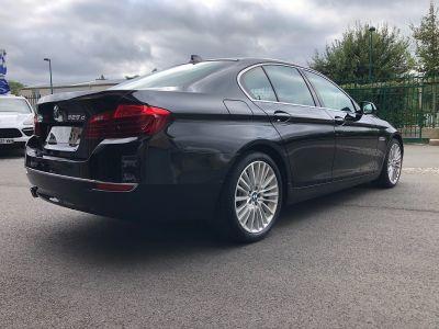 BMW Série 5 serie 525 da 218ch luxury carnet complet - <small></small> 18.470 € <small>TTC</small> - #43