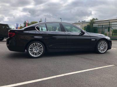 BMW Série 5 serie 525 da 218ch luxury carnet complet - <small></small> 18.470 € <small>TTC</small> - #52