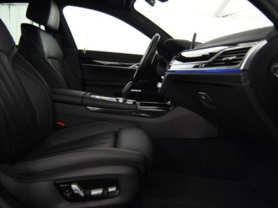 BMW Série 7 730d Pack M - <small></small> 47.990 € <small>TTC</small>