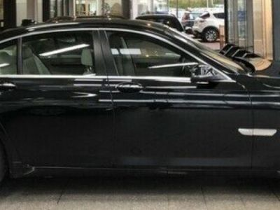 BMW Série 7 750d xDrive 381 LUXE 12/2012 - <small></small> 29.900 € <small>TTC</small> - #3