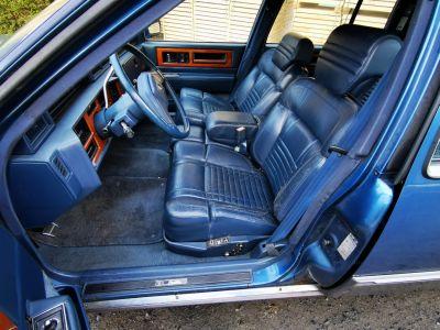 Cadillac FLEETWOOD , CADILLAC FLEETWOOD - DE VILLE , Limo , V8 - 4500 Cc Automatique - <small></small> 6.000 € <small>TTC</small> - #21