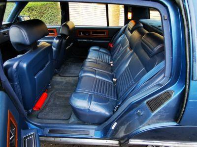 Cadillac FLEETWOOD , CADILLAC FLEETWOOD - DE VILLE , Limo , V8 - 4500 Cc Automatique - <small></small> 6.000 € <small>TTC</small> - #24