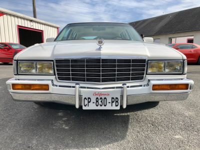 Cadillac FLEETWOOD V8 4.9L 1992 - <small></small> 13.500 € <small>TTC</small> - #1