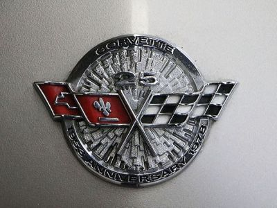 Chevrolet Corvette 25 Th Anniversary - <small></small> 26.700 € <small>TTC</small> - #15