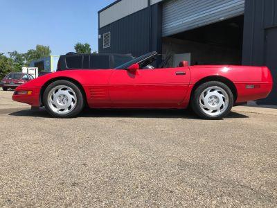 Chevrolet Corvette C4 CONVERTIBLE 5,7l V8 350CI Injection En France - <small></small> 22.000 € <small>TTC</small> - #11