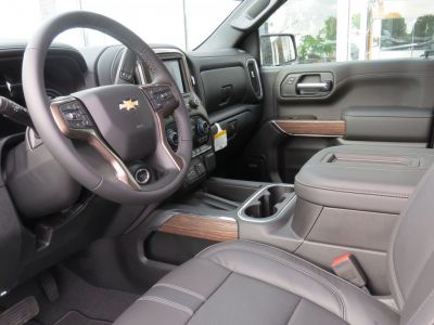 Chevrolet Silverado CREW CAB 1500 HIGH COUNTRY - <small></small> 92.900 € <small>TTC</small>