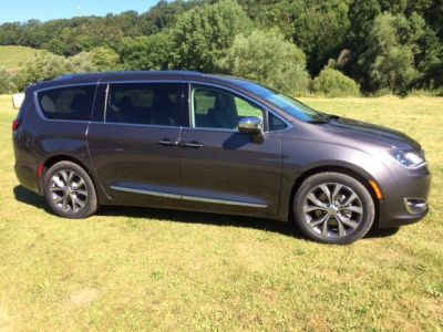 Chrysler Pacifica 3.6 V6 Limited Platinum Auto. - <small></small> 57.400 € <small></small>