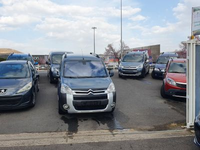 Citroen BERLINGO 1l6 HDI 110 CH XTR 5 PLACES - <small></small> 8.990 € <small>TTC</small> - #10