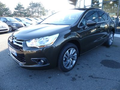 Citroen DS4 1.6 E-HDI115 AIRDREAM SO CHIC - <small></small> 14.990 € <small>TTC</small>