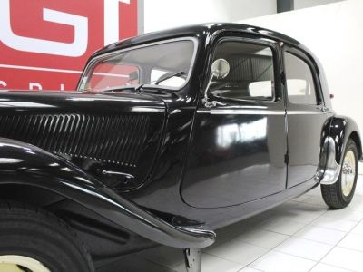 Citroen Traction 15 Six D - <small></small> 39.900 € <small>TTC</small>