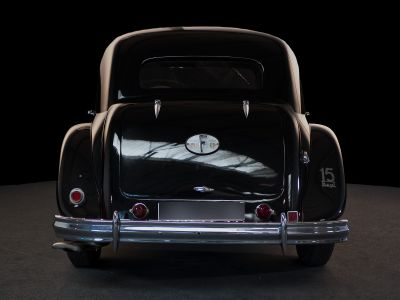 Citroen Traction 15/6 6 cylindres - <small></small> 39.000 € <small>TTC</small>