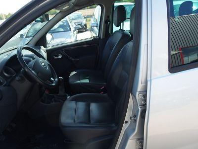 Dacia DUSTER 1.5 DCI 90CH FAP LAUREATE 4X2 - <small></small> 5.990 € <small>TTC</small>