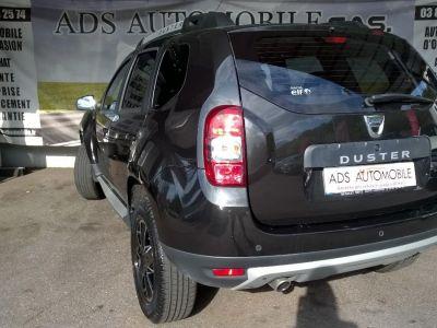Dacia DUSTER DCI 110 4X2 Black Touch 2017 - <small></small> 15.970 € <small>TTC</small>