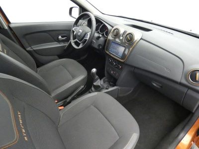 Dacia SANDERO 0.9 TCe 90ch Stepway Navy - <small></small> 11.990 € <small>TTC</small>