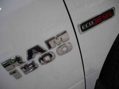 Dodge Ram 1500 SLT CREW CAB V6 ECODIESEL BIGHORN - <small></small> 49.900 € <small>TTC</small>