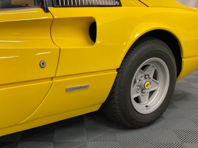 Ferrari 308 GTSi Jaune - <small></small> 59.900 € <small>TTC</small> - #30