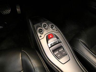 Ferrari 458 Italia Spider 4.5 V8 570ch - <small>A partir de </small>1.470 EUR <small>/ mois</small>