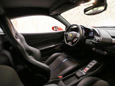 Ferrari 488 GTB TAILOR MADE 70TH EDITION LE CASTELLET - <small>A partir de </small>2.050 EUR <small>/ mois</small> - #64