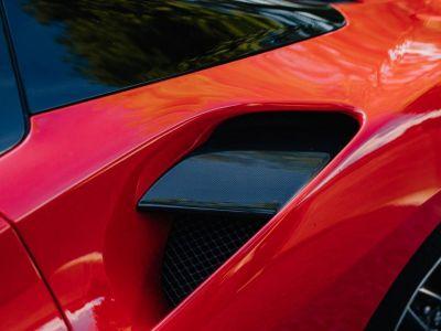 Ferrari 488 Spider 3.9 V8 670 ch premiere main Malus payé - <small></small> 279.990 € <small>TTC</small> - #18