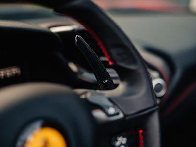 Ferrari 488 Spider 3.9 V8 670 ch premiere main Malus payé - <small></small> 279.990 € <small>TTC</small> - #25