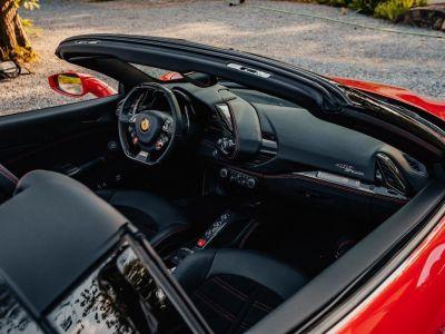 Ferrari 488 Spider 3.9 V8 670 ch premiere main Malus payé - <small></small> 279.990 € <small>TTC</small> - #35