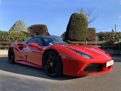 Ferrari 488 Spider 3.9T V8 670CV Garantie Power - <small></small> 219.950 € <small>TTC</small> - #1