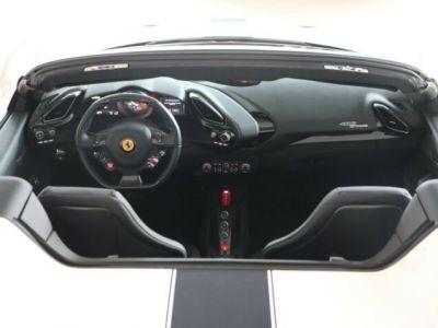 Ferrari 488 Spider V8 3.9 bi-turbo#Pack carbone - <small></small> 219.800 € <small>TTC</small> - #8