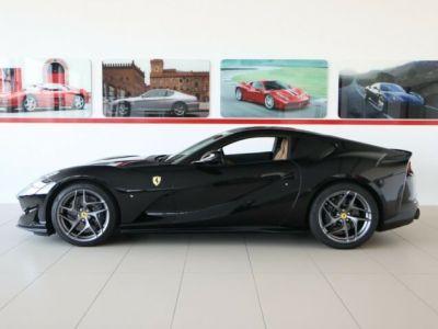 Ferrari 812 Superfast V12 6.5#Pack carbone intérieur - <small></small> 284.800 € <small>TTC</small> - #4