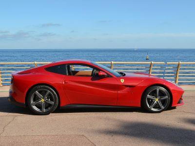 Ferrari F12 Berlinetta Berlinetta V12 6.3 - <small></small> 249.000 € <small>TTC</small>