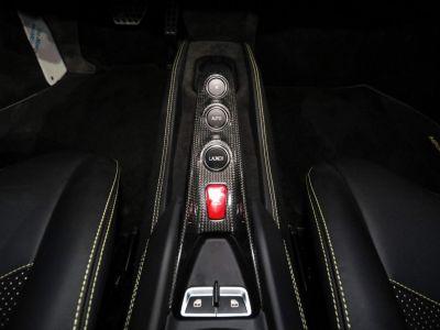 Ferrari F8 Tributo SPIDER 3.9 720 DCT - <small></small> 369.900 € <small>TTC</small> - #15