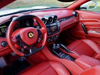 Ferrari FF Ferrari FF V12 6.3 660ch GPS/ 4X4 / Garantie 12 MOIS Livré TTC - <small></small> 99.999 € <small>TTC</small> - #2
