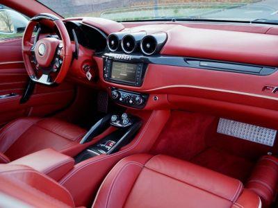 Ferrari FF Ferrari FF V12 6.3 660ch GPS/ 4X4 / Garantie 12 MOIS Livré TTC - <small></small> 99.999 € <small>TTC</small> - #3
