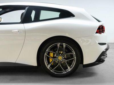Ferrari GTC4 Lusso T V8 611CH - <small></small> 224.900 € <small>TTC</small> - #14